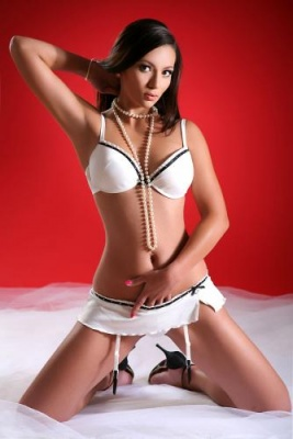 http://companionslasvegas.com/images/asian/Skylar/becssg_images/1_267_400_95.jpg